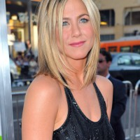 Jennifer Aniston Bob Hairstyles: Beautiful Sleek Ombre Hair!