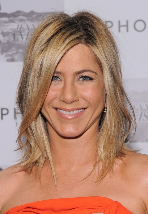 Jennifer Aniston Medium Straight Hairstyle With Side Swept Bangs