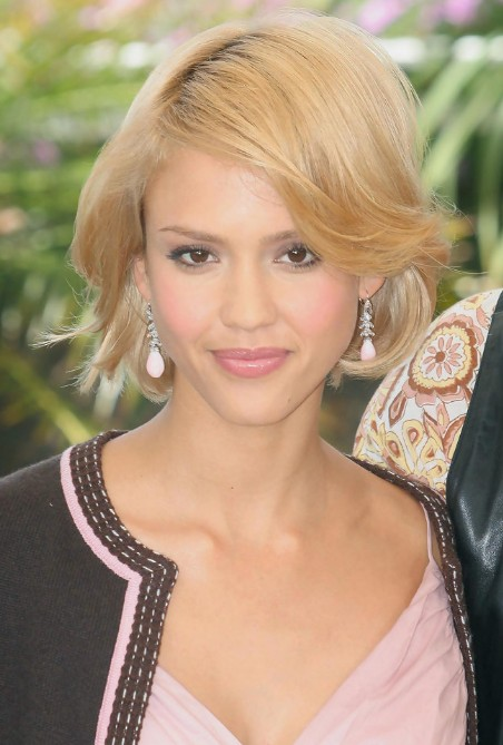 Astonishing Jessica Alba Cute Short Bob Haircut Hairstyles Weekly Hairstyles For Men Maxibearus