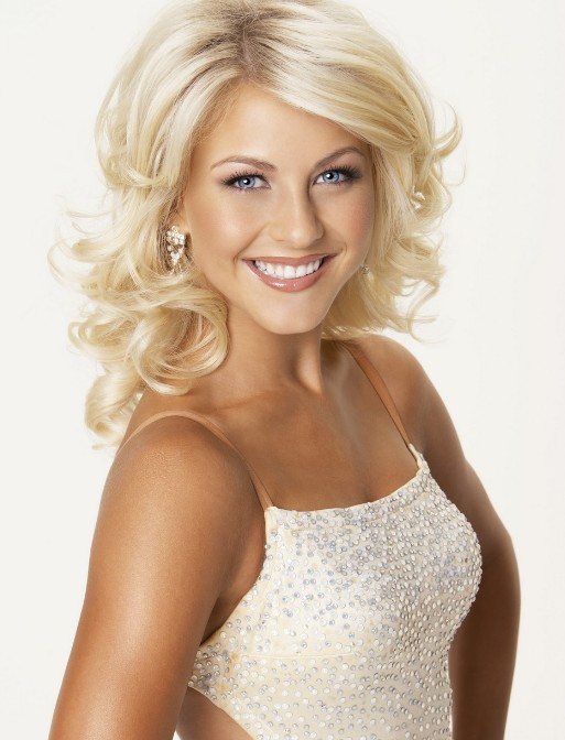 2015 Medium Blonde Curly Hairstyles for Women