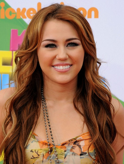 How To Do Miley Cyrus Hairstyles Long Wavy Hair Styles