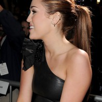 Miley Cyrus Sleek Ponytail for Long Hair: Super Sleek Hair