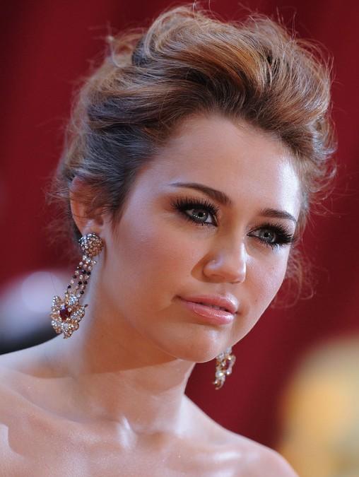 Miley Cyrus Loose Messy Bun Updo Romantic Updos for Wedding