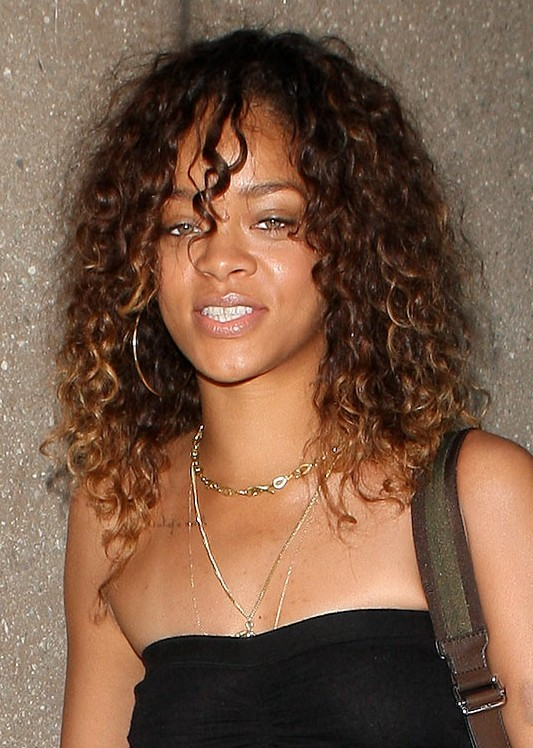Rihanna Long Girly Natural Hairstyle For Women Under 30s Hairstyles Weekly