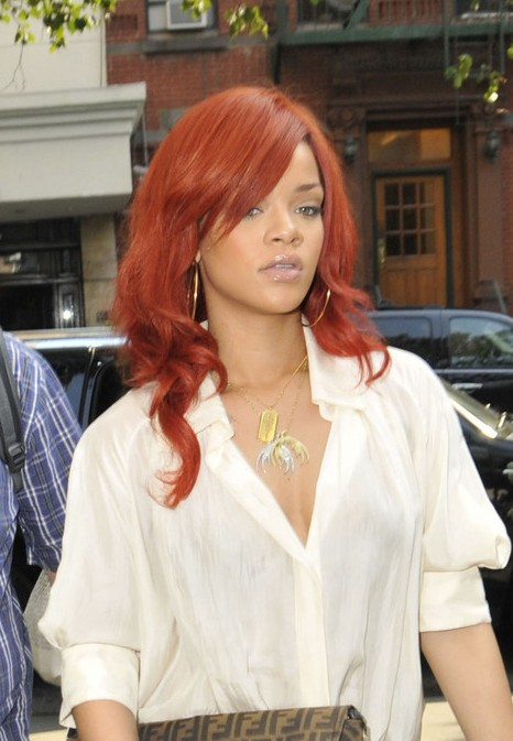 Rihanna Long Straight Red Hairstyle With Side Bangs Hairstyles Weekly