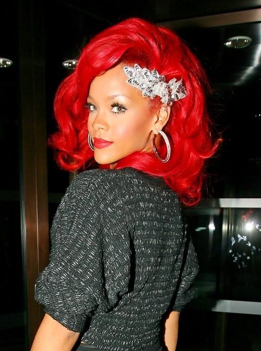 Rihanna - Hairstyles Weekly