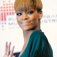 Rihanna Short Sleek Bowl Cut: A Cool Short Cut for Female