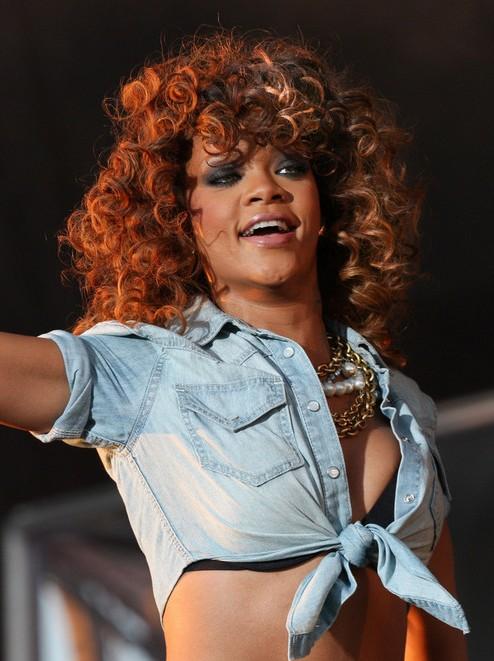 Amazing Rihanna Hairstyles Weekly Short Hairstyles For Black Women Fulllsitofus