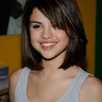 Selena Gomez Hairstyles Weekly