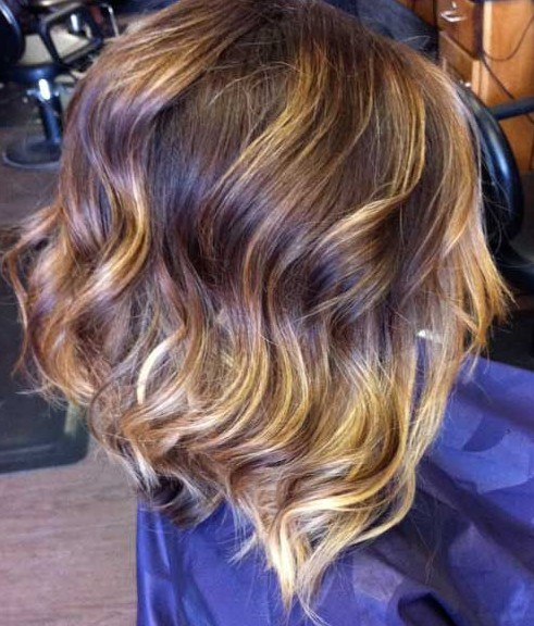 Sexy Medium Layered Ombre Bob Hairstyle for Women