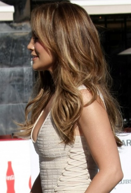 Jennifer Lopez Layered Long Hairstyle Hairstyles Weekly