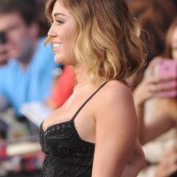 Side View of Miley Cyrus Short Hairstyles: Layered Ombre Hair
