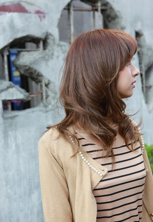 51 Medium Hairstyles & Shoulder-Length Haircuts ... - Glowsly