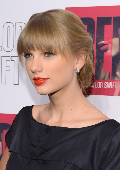 Excellent Taylor Swift Updo with Bangs 479 x 679 · 61 kB · jpeg