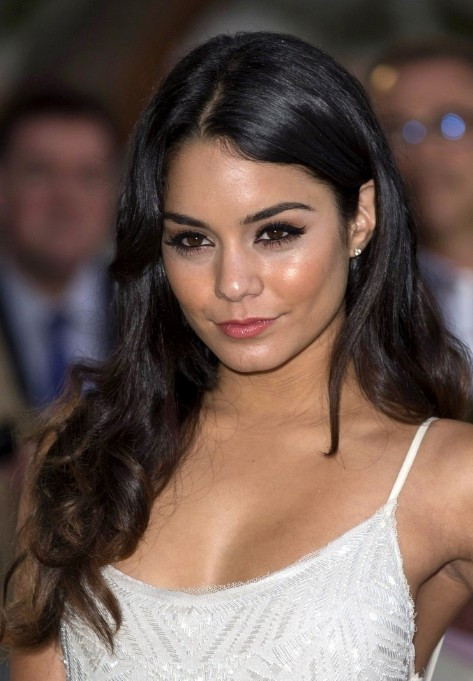 Vanessa Hudgens Long Black Wavy Hairstyle Hairstyles Weekly