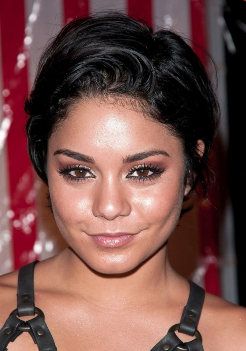 Vanessa Hudgens Layered Razor Haircut