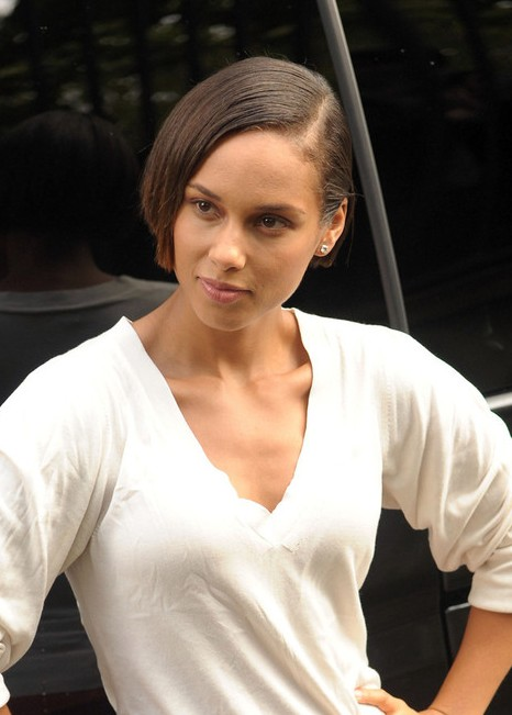 Alicia Keys Short Bob Haircut
