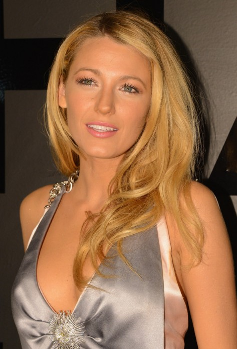 blake lively glamour long blonde hairstyle - hairstyles weekly
