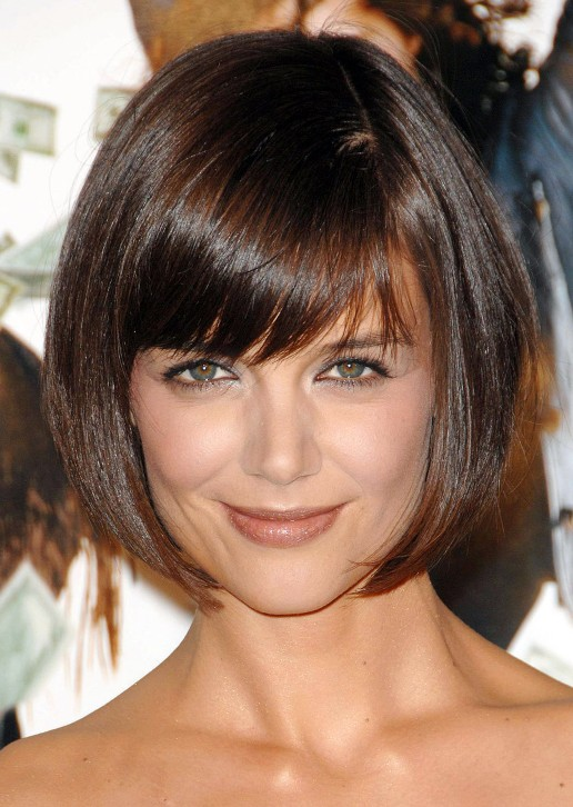 Katie Holmes Short Haircut Cute Box Bob Cut With Bangs - Short hairstyle bob cut