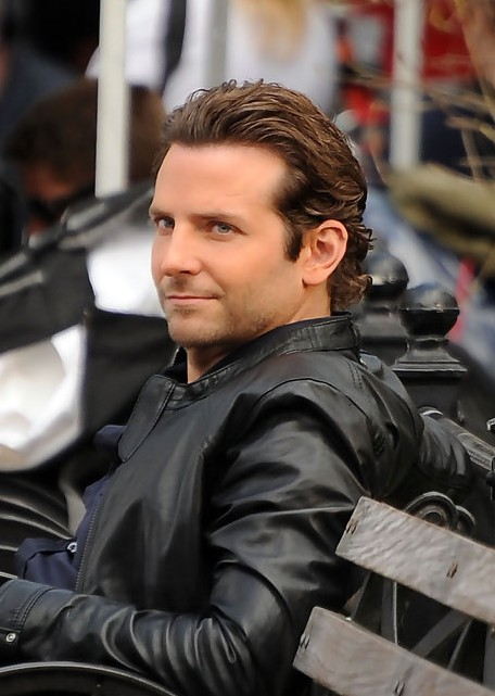 Bradley Cooper Haircut Cool Brushed Back Hairstyle For
