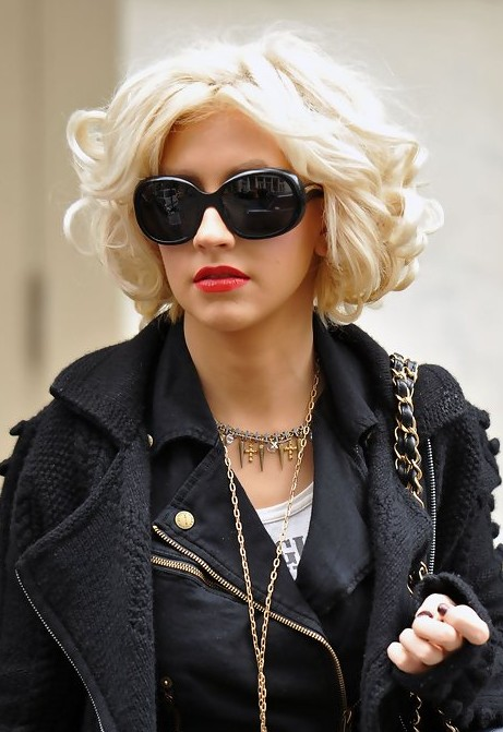 Christina Aguilera Short Curly Bob Hairstyle Hairstyles