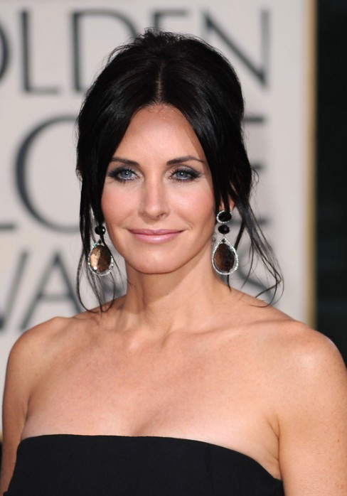 Courteney Cox French Twist Updo Hairstyle Hairstyles Weekly