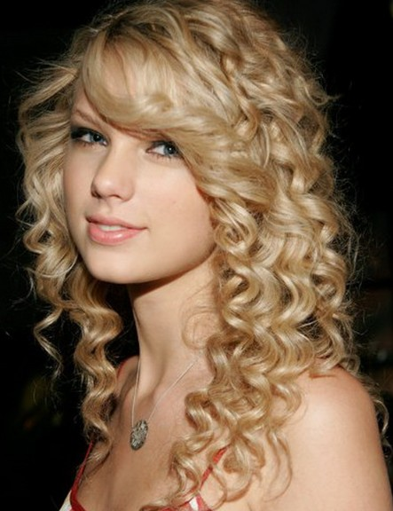 Beautiful Prom Hairstyles For Long Hair Hairstyles Weekly