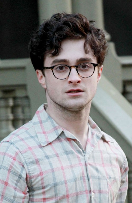 Daniel Radcliffe Messy Curly Hairstyle For Guys