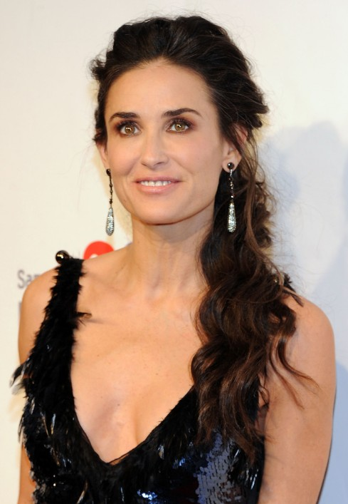 Picture of Demi Moore Loose Ponytail Hairstyle for Women over 50