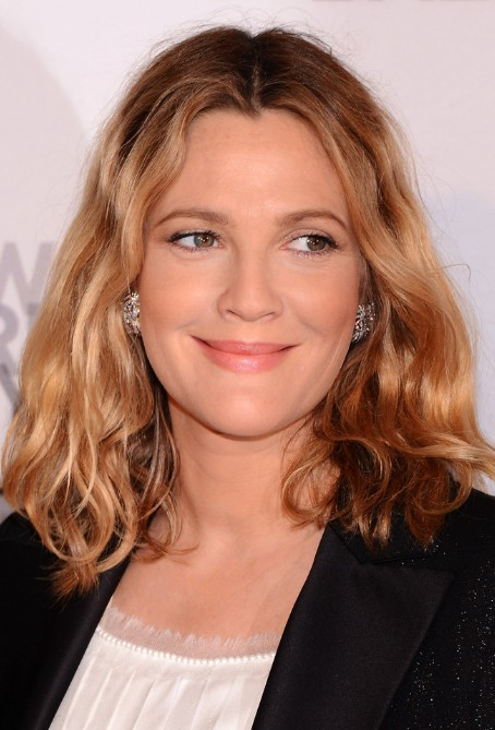 Drew Barrymore Medium Length Hairstyle Tousled Wavy Bob