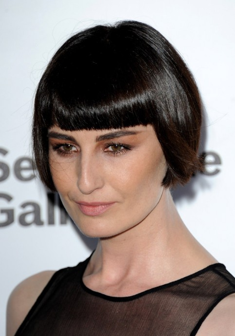 erin o'connor short straight bob hairstyle - hairstyles weekly