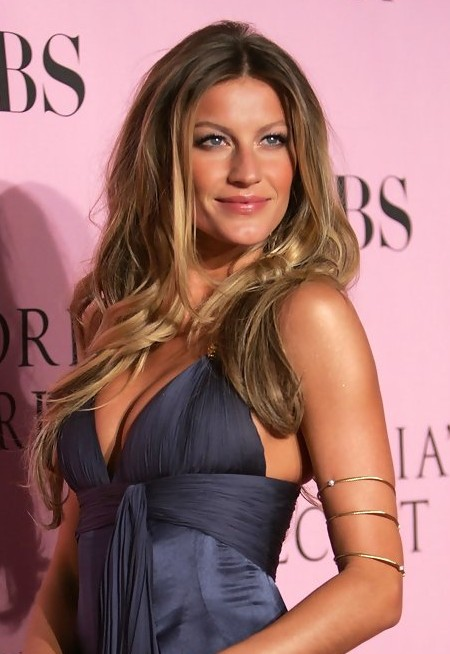 Gisele Bundchen Long Curly Hairstyles