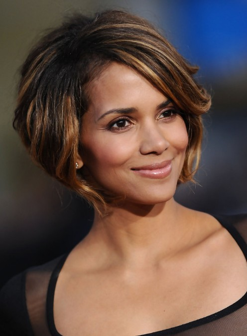 Awe Inspiring Halle Berry Bob Hairstyle Cute Chin Length Bob Cut Hairstyles Hairstyles For Women Draintrainus