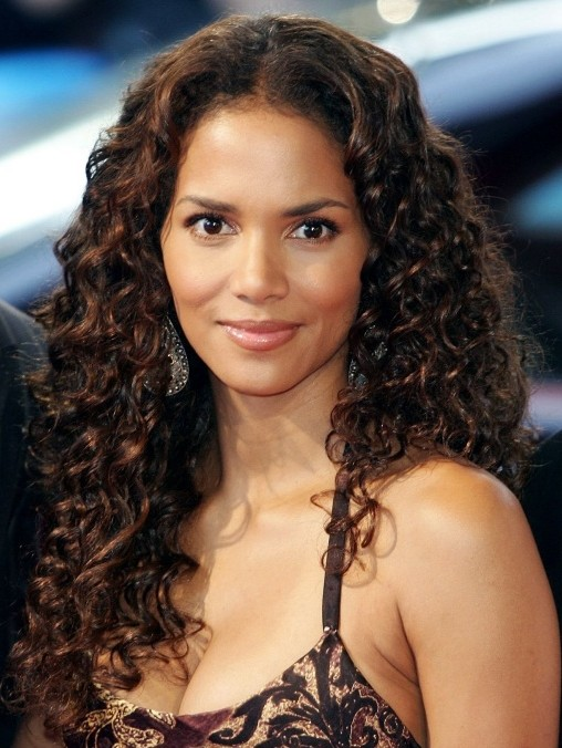 Halle Berry Long Curly Hairstyles