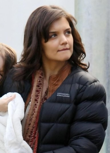 Katie Holmes Layered Hairstyle with Bangs