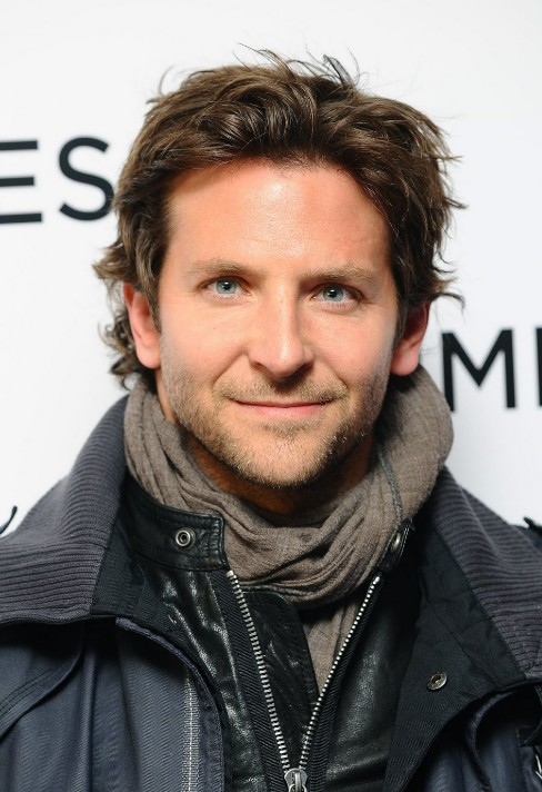 Bradley Cooper Hair Style: Cool Medium Hairstyle For Men