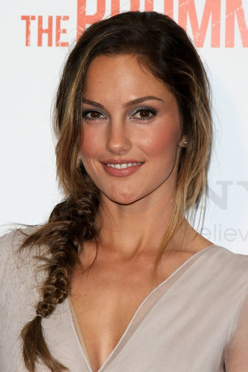 Minka Kelly Cute Loose Side Braided Hairstyle For Long Hair