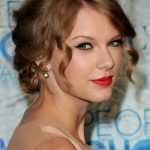Taylor Swift Pinned Up Ringlets Hairstyles