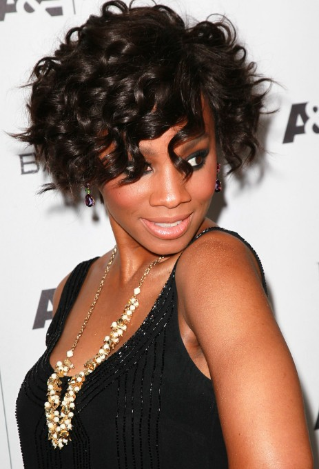 Anika Noni Rose Hairstyle Curled Out Bob Hairstyle