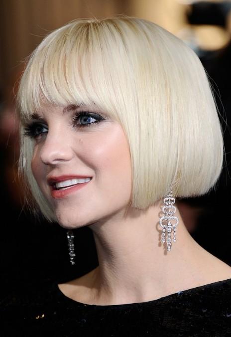 Astonishing Anna Faris Short Bob Haircut Platinum Blonde Bob Cut Hairstyles Short Hairstyles Gunalazisus