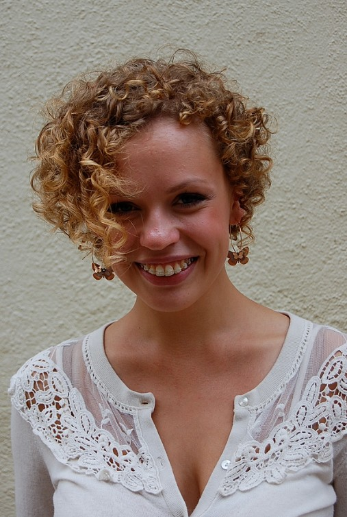 Stupendous Asymmetrical Cuts For Curly Hair Hairstyles For Women Draintrainus
