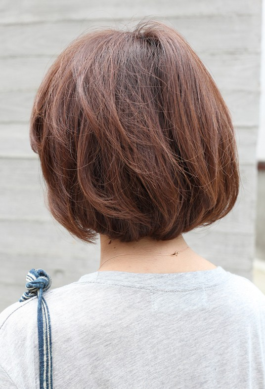 very short bob hairstyles back view yummy chocolate coloured short bob hairstyles weekly
