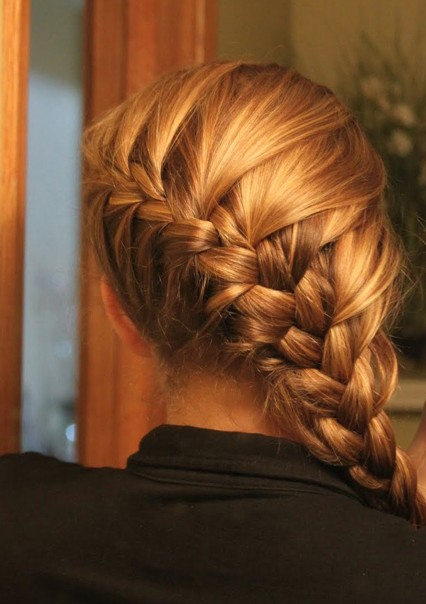 Fine French Braid Hairstyles Weekly Hairstyle Inspiration Daily Dogsangcom