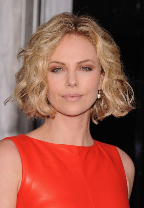 Awesome Charlize Theron Short Blonde Curly Bob Hairstyle Hairstyles Weekly Short Hairstyles Gunalazisus
