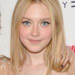 Dakota Fanning Cute Blonde Straight Hairstyle