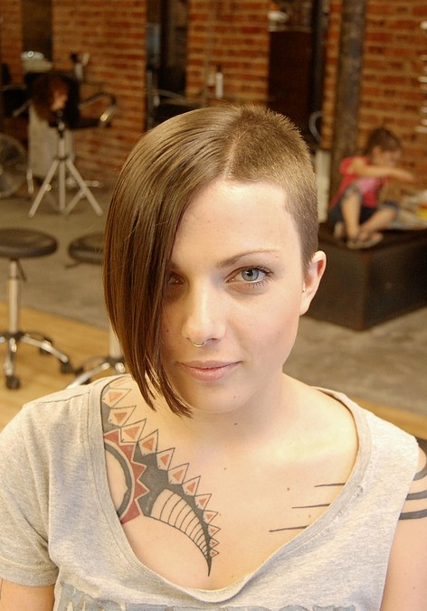 Exceptional Edgy Hairstyle: Short/Long Amazing Asymmetric Trend Setter!