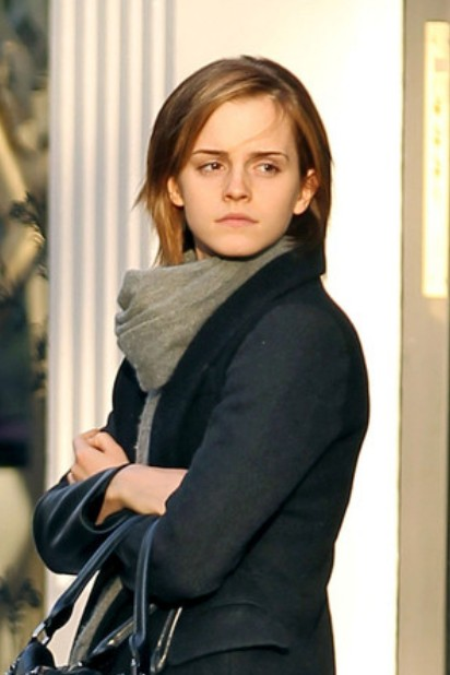 Emma watson bob hairstyle casual low maintenance short haircut emma watson short bob hairstyle winobraniefo Images