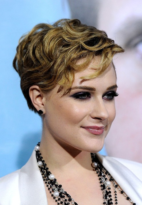 Evan Rachel Wood Layered Short Wavy Hairstyle Hairstyles Weekly