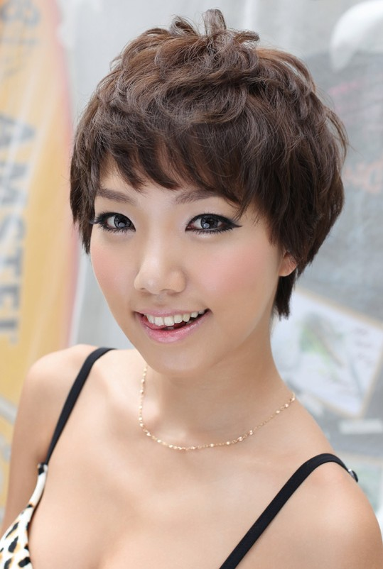 Hottest Boyish Short Asian Hairstyle for Girls