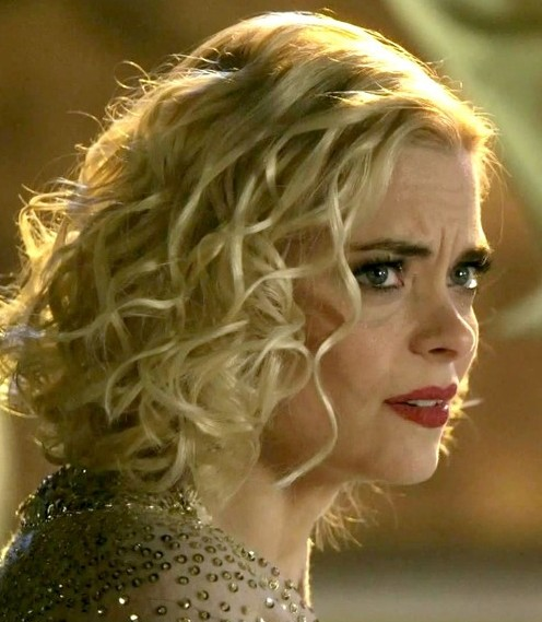 Enjoyable Jaime King39S Golden Curlicues Short Blonde Curly Hairstyle Hairstyles For Women Draintrainus